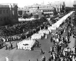 Nurses marching ANZAC day 1919